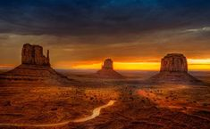 """Magnificent Monument Valley is one of the most iconic and enduring landmarks of the American """"Wild West."""" Monument Valley Navajo Tribal Park has isolated red mesas, buttes and a sprawl… Arches Nationalpark, Yellowstone Nationalpark, Monument Valley, Valley Park, New Mexico, The Places Youll Go, Places To See, Beautiful World, Beautiful Places"""