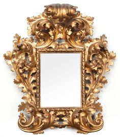 A FLORENTINE CARVED GILT WOOD MIRROR FRAME . Circa 1880.