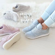 b3db5efe3c0 Sneakers women - Reebok Classic Leather Sea Worn (©theliveitup) Chaussure  Reebok