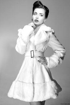 Model : Diane Cano. Make-up: Manon Amiel. Hairdressing : Christophe Pujol. Fashion design : Patrice Catanzaro. Photo : Nath-Sakura.