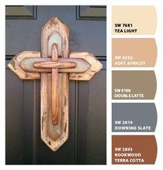 Wooden Cross by RKDragonfly on Etsy. I love this cross Wooden Crosses, Crosses Decor, Wall Crosses, Wood Projects, Woodworking Projects, Diy Projects To Try, Teds Woodworking, Rustic Cross, Old Rugged Cross