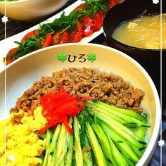 あと冷しトマト^ ^ - 89件のもぐもぐ - 三色丼〜 by tekko814