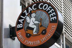 Starbucks kinda coffee shop in HH
