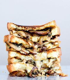 mushroom onion stout grilled cheese sandwiches