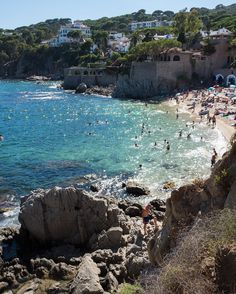 Same place in colors #costabrava #spain #españa #leica #leicaq #calella #playa #sea #mediterranean #blue #sand #landscape #nature