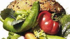 Addio carne e pesce: in aumento il popolo dei vegetariani e vegani in Italia