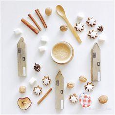 Good morning everyone😊přeji krásný den všem 😊🌟☕#morningcoffee #christmascoffee #coffeegram #coffee #kava #morning #coffeelover #coffeetime #mycoffee #myhome #homesweethome #lovemyhome #home #kitchen #still_life_gallery #onmytable #momentsofmine #inspiremyinstagram #romantic #styling #love #liveauthentic #instagram