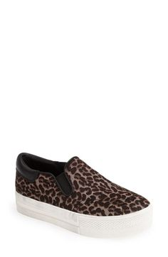 Purchase For Sale Prada Printed leather sneakers In China Cheap Online Prices For Sale Finishline Cheap Price PECXLZ4OGt