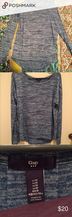 Gap Long Sleeve Shirt Very comfy shirt from Gap! Worn once or twice GAP Tops