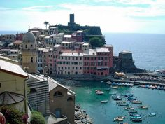 """""""Best of Italy""""is a luxury private tour from Rome to Venice with Pisa and the Leaning Tower, delicious food and wine tasting in the Tuscan countryside Chianti Wine, Best Of Italy, Small Group Tours, Italy Tours, Tuscany Italy, Cinque Terre, Cupid, Wine Tasting, Pisa"""