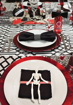 """Spooky Sideshow"" Halloween Theme {Red, Black, White} 