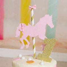 Gâteau de carrousel de gâteau cheval gâteau de par SmashCaked