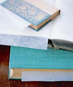 Many good ideas. I like the dryer sheets inside books to deodorize them. File organizer as dish dryer? Toothbrush holder for cotton swabs? Get a load of these clever storage tricks. Dryer Sheet Hacks, Uses For Dryer Sheets, Things To Think About, Old Things, Fabric Softener Sheets, File Organiser, New Uses, Storage Hacks, Room Essentials