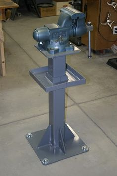 "post vise.....I need to make this minus Vise for 10"" Grinder Stand"
