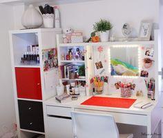IKEA - Micke Desk, Kalax shelving