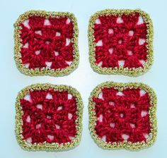Granny square Christmas decoration Free pattern at http://www.ravelry.com/patterns/library/granny-square-christmas-tree-decoration
