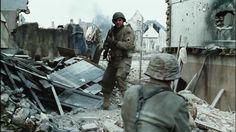 Top 11 Funniest Scenes from War Movies!