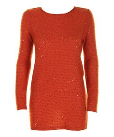 Mystically mesmerizing, this tunic brings statement style to the table. The sparkly sequin finishes and casual silhouette ensure a fashionable fit that doesn't compromise comfort.