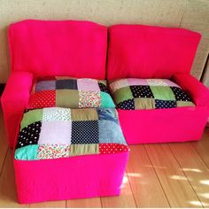 Barbie Furniture, Tidy Up, Parisian Style, Furniture Making, Comforters, Kids Room, Throw Pillows, Blanket, Home Decor