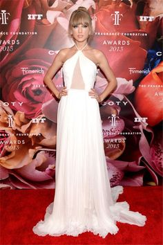 Best 30 Taylor Swift's Red carpet Looks of All Time - The Fashion ...
