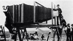 History In Pictures ‏@HistoryInPics  The first camera ever built. Taken with the second camera ever built.