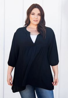 Versatile Styled Plus Size Tops | Emmylou Tunic in Black | SWAK Designs