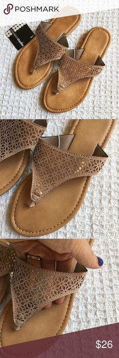 Just In! New Metallic Rose Gold Sandals Condition: Brand new with tags  Size: 6  Faux leather. Beautiful rose gold metallic print. Shoes Sandals