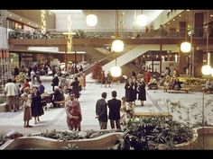 Watch This Nostalgic Footage From 1956 Of The First American Shopping Mall.