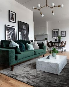 Modernes Wohnzimmer - New Ideas room Modern Living room Neutral and classic living room with a green sofa to add decor style room decor Scandi Living Room, Classic Living Room, Living Room Green, Cozy Living Rooms, Interior Design Living Room, Home And Living, Living Room Designs, Apartment Living, Small Living