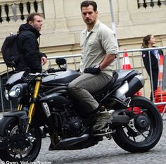 Henry Cavill on the set of Mission Impossible 6