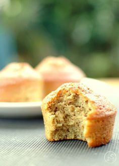 muffiny orzechowe bez mąki Vegan Treats, Vegan Desserts, Vegan Recipes, Cooking Recipes, Vegan Food, Baby Food Recipes, Cake Recipes, Vegan Runner, Vegan Gains