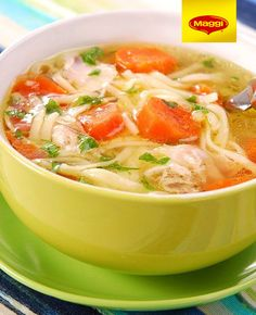 Slow Cooker Chicken Noodle Soup--plus other skinny slow cooker recipes. Crock Pot Recipes, Crock Pot Cooking, Ww Recipes, Slow Cooker Recipes, Soup Recipes, Cooking Recipes, Healthy Recipes, Chicken Recipes, Chicken Soups