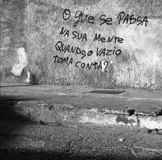 """1,711 curtidas, 17 comentários - Olhe os muros! #aruafala (@arua_fala) no Instagram: """"O que passa?    @leo.crf  #aruafala"""""""