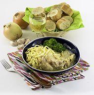 LAPIN AU VIN MOUSSEUX Une petite recette facile où tout cuit dans une casserole ... Servir avec un verre de vin mousseux.