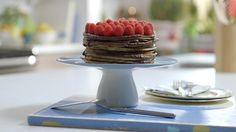Gâteau de crêpes | Cuisine futée, parents pressés Quebec, Chocolate Desserts, Biscuits, Muffins, Sweet Treats, Dessert Recipes, Meals, Baking, Low Low