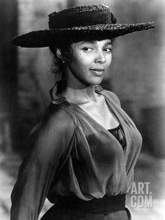 Dorothy Dandridge as Bess: old Black Hollywood. Old Hollywood Glamour, Vintage Hollywood, Classic Hollywood, Hollywood Glamour Photography, Black Actresses, Black Actors, Old Hollywood Actresses, Hollywood Actor, Divas