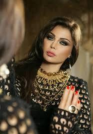 Haifa Wehbe--beautiful contrast between eyes and hair! Pretty People, Beautiful People, Most Beautiful, Beautiful Women, Haifa Wehbe, Arabian Women, Arabian Beauty, Arab Celebrities, Egyptian Actress