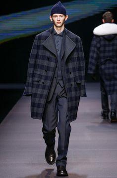 #zegna #ermenegildozegna #menswear #fall2014 #spring2014 #bespoke #tailoring #bespoketailoring # menssuits #suiting