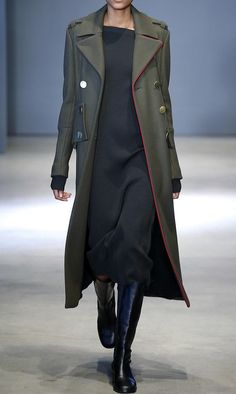 2017 Fashion Trends - LONG COAT Command instant attention with prominent fastenings such as buttons or a robe-inspired waist-tie design. Functional and decorative, such added accents give long coats an inventive twist.