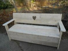 ≥ Steigerhouten tuinbank - Tuinmeubelen - Marktplaats.nl Pallet Furniture, Furniture Making, Garden Furniture, Outdoor Furniture, Outdoor Decor, Heart Shelf, Scaffolding Wood, Palette, Wood Stool