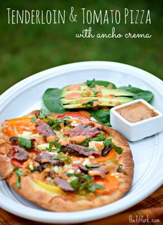 FAST! Beef Tenderloin and Tomato Pizza with Ancho Crema - an southwest-inspired and easy weeknight meal - thefitfork.com