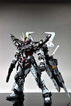 PG 1/60 GAT-X105E Strike Noir Gundam - Custom Build