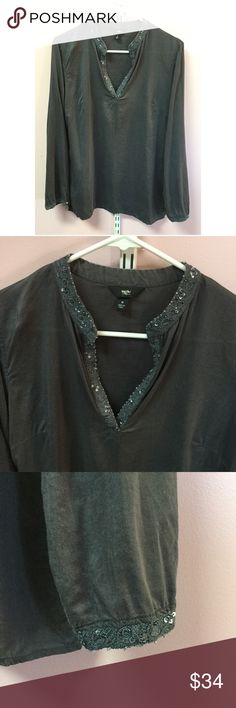 "Mossimo Tunic Blouse Size medium. Sequins embroidery around neckline and cuffs. Side slits. Bust approx 41"" length approx 28.5"" arm length approx 24"". 60% cotton 40% viscose Mossimo Supply Co Tops Tunics"