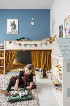 Childrens bedrooms: From Toddler to Big-Kid Bed Hither & Thither Kids Bedroom I. - Childrens bedrooms: From Toddler to Big-Kid Bed Hither & Thither Kids Bedroom Ideas bed bedrooms B - Big Girl Rooms, Boy Room, Room Kids, Nursery Room, Girl Nursery, Child Room, Kura Ikea, Ikea Bunk Bed Hack, Kids Room Design