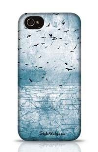 Ground Cracked Birds In The Sky Apple iPhone 4 Phone Case