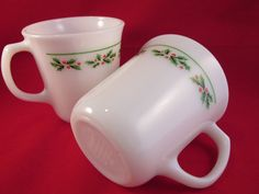 Hey, I found this really awesome Etsy listing at https://www.etsy.com/listing/239664823/christmas-corning-ware-holly-days-coffee