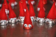 Valentine Gnome Army!  How cute is that!