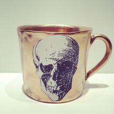 "Image of Golden Cup ""Skull"" by Kuhn Keramik"