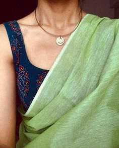 Order Cotton Silk Sarees Online via Whatsapp on Our fashion magazine personal shoppers helps you get the stylish look for you. Latest Cotton Silk Sarees Online Now Trendy Sarees, Stylish Sarees, Simple Sarees, New Saree Designs, Cotton Saree Blouse Designs, Saree Trends, Casual Saree, Saree Look, Elegant Saree