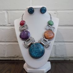 Beautiful Multi Colored Silver Tone Statement Necklace Set